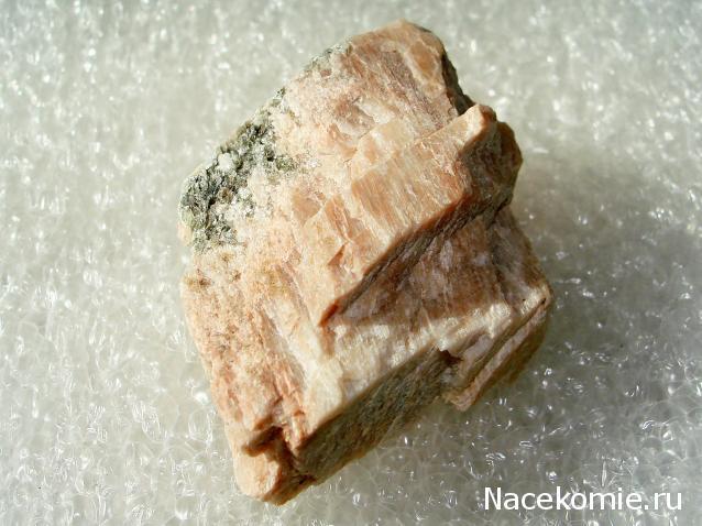 Минералы Сокровища Земли №55 - Лунный камень