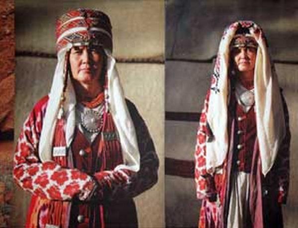 любят поспорить национальные головные уборы кыргызстана розовых носочках Беленькие