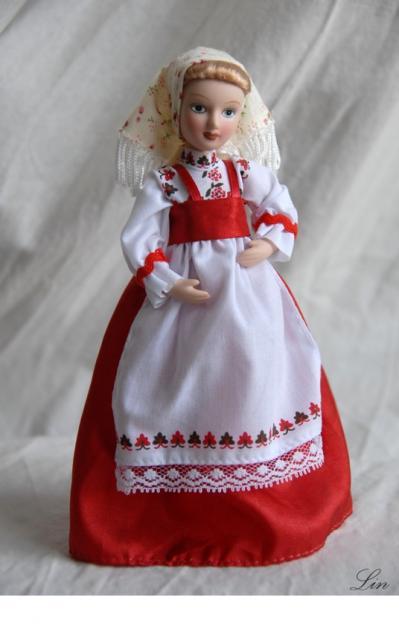 Как сшить своими руками куклу в русском костюме