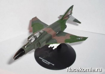 """Модель самолёта F-4D """"Фантом"""" II из коллекции"""