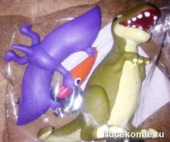 Игрушки из коллекции Динозавры и мир юрского периода